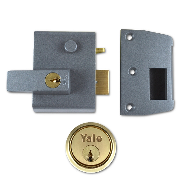 Yale No.2 40mm Auto-Deadlocking Nightlatch With Brass Cylinder